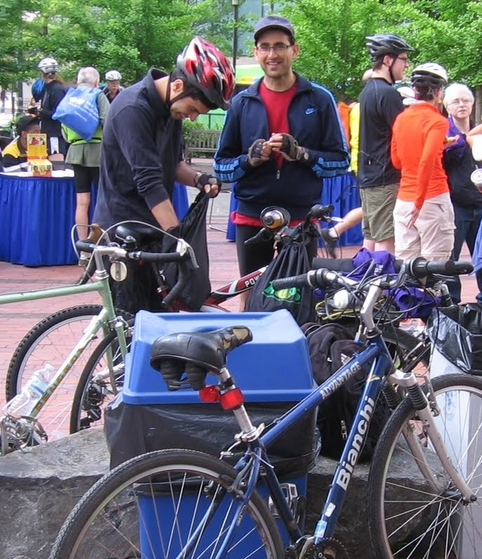 Commuters meet-up at Bike to Work Day