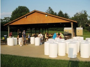 Image of Damascus United Methodist Church rain barrel event.