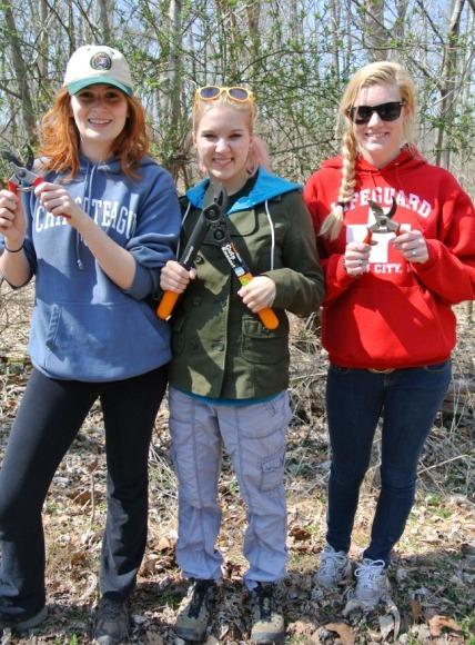 Image of three Poolesville High School students.