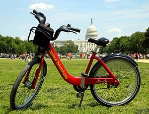 Image of a Bikeshare bike in front of the Capitol.