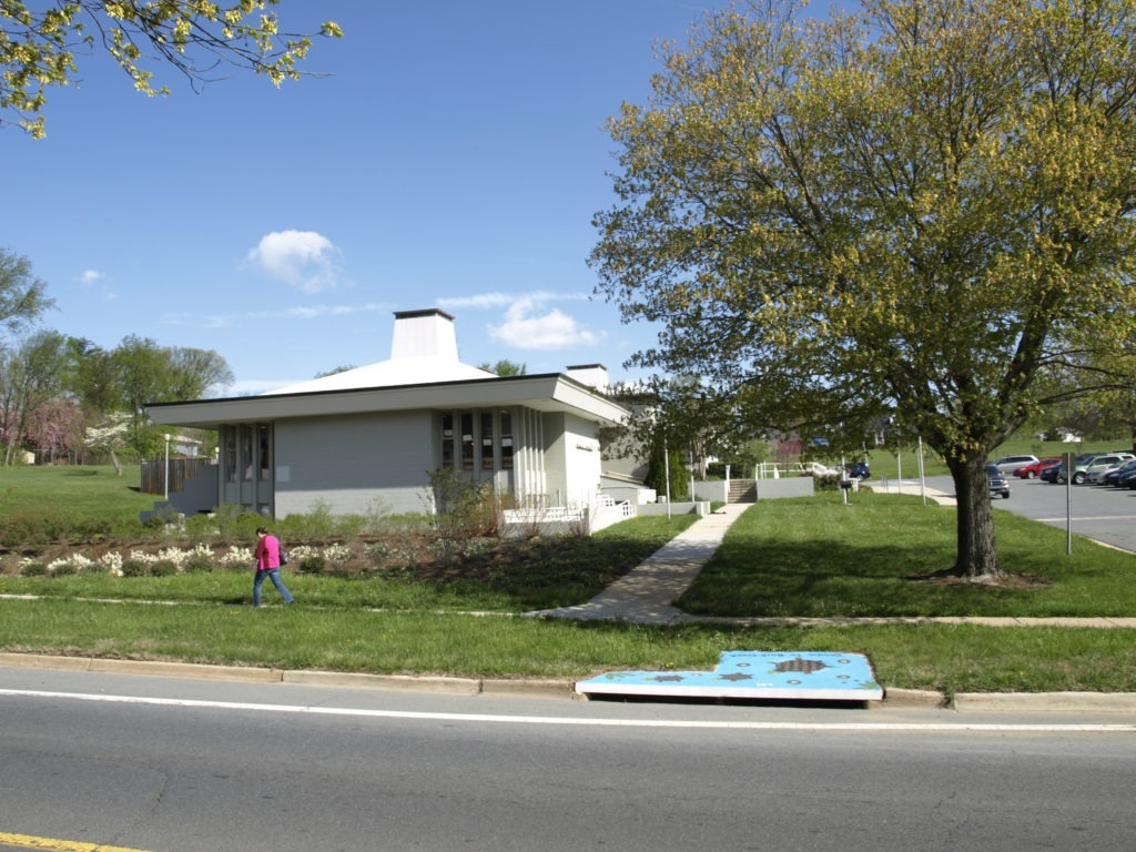 Image of the Aspen Hill Library