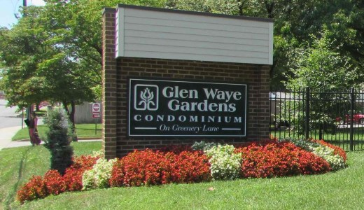 Entry sign for Glen Waye Gardens