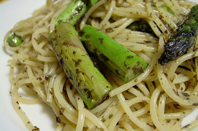 pasta with asparagus by split-milk, flickr